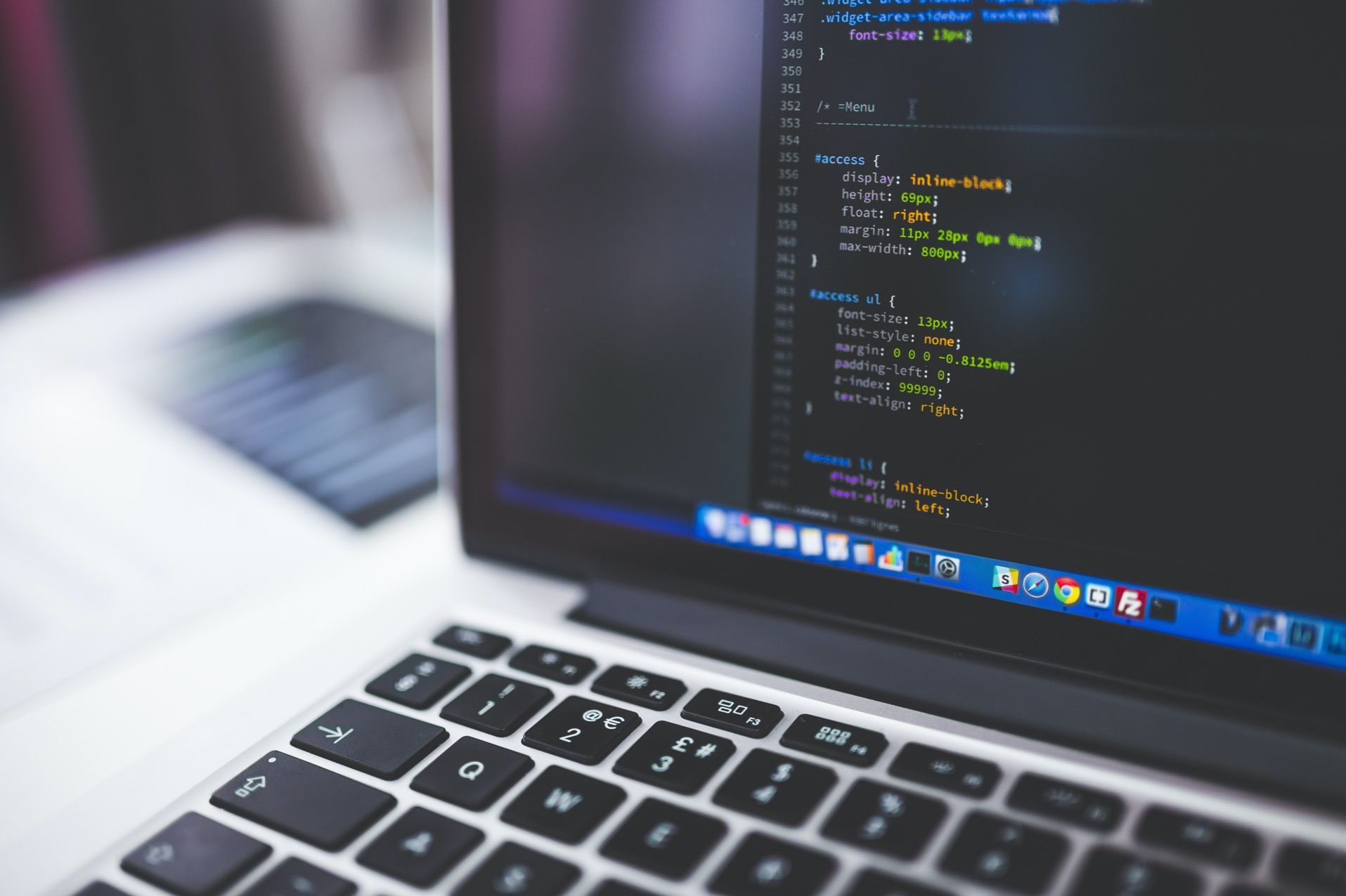 5 advantages of being a software developer